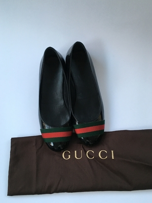 Gucci Black Leather Signature Web Patent Leather Ballet Flats